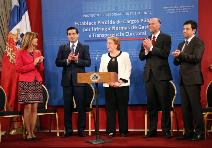 Presidenta bachelet quienes no respetan la ley no pueden for Ley del ministerio del interior