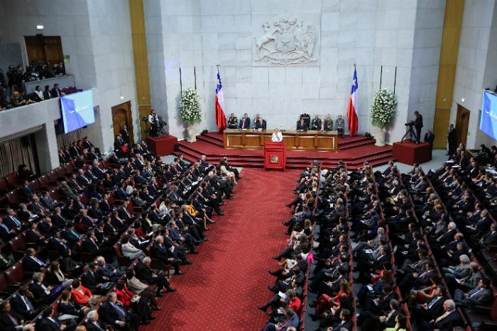 Presidenta bachelet chile est viviendo uno de los for Donde esta el ministerio del interior