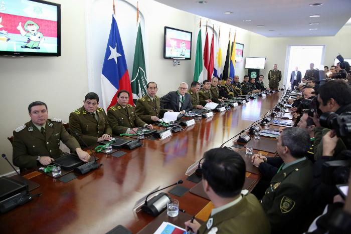 Vicepresidente burgos visit oficina de cooperaci n for Ministerio del interior ultimas noticias
