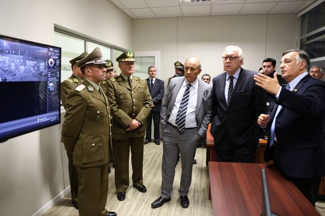 Ministro burgos entrega nueva comisar a de carabineros de for Ministerio del interior comisarias