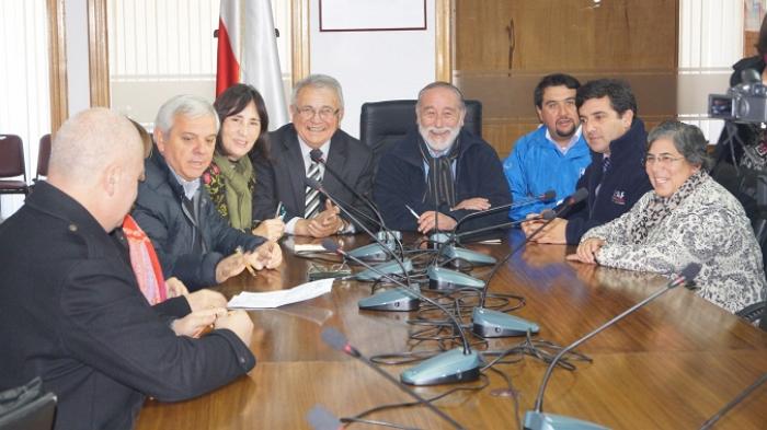 Gobierno inyecta recursos para mejorar el riego en rubro for Llamado del ministerio del interior 2016