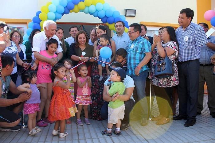 En angol autoridades inauguran nuevo jard n infantil y for Postulacion jardin junji 2016
